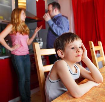 ¿Cómo recuperar a tu esposo si tienen hijos en común y no puedes dejar de verlo?